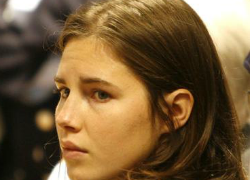 Amanda Knox was initially convicted of murder in 2009 in Perugia, Italy, following a highly publicized and sensationalized trial. (nydailynews.com)