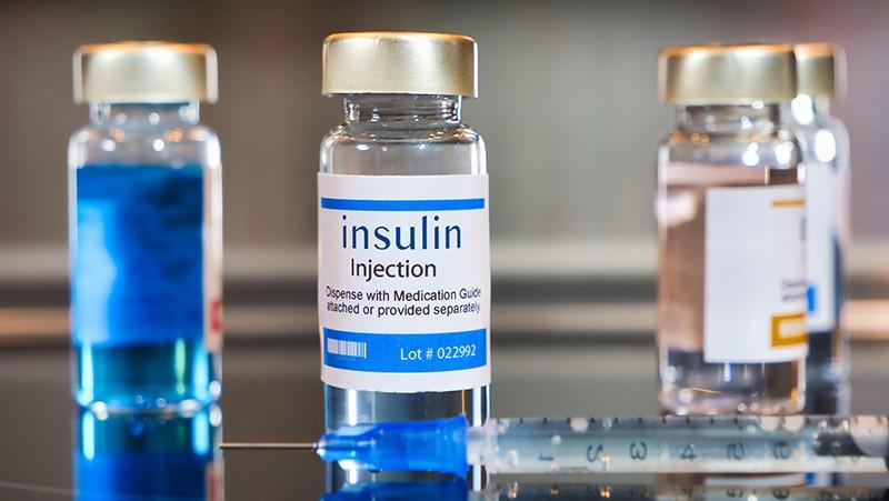 Smriti Mallapaty, Mounting clues suggest the coronavirus might trigger diabetes, 583 NATURE 16–17 (2020).